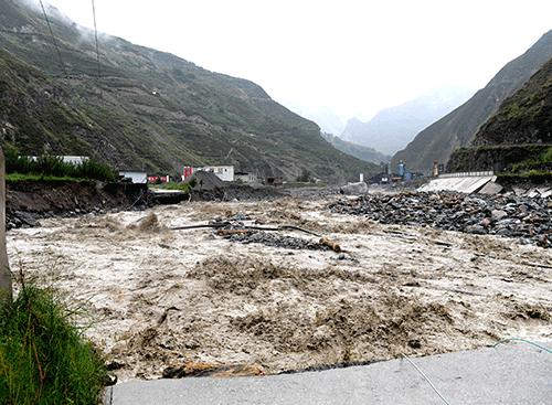 汶川山洪泥石流灾害现场