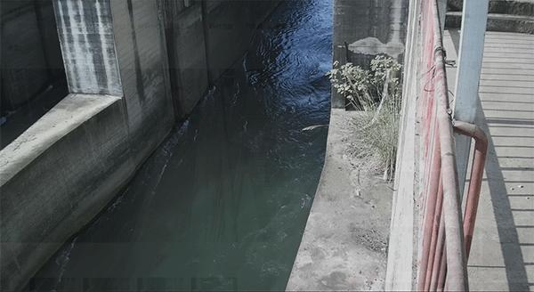 生态下泄流量监测系统现场图
